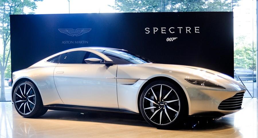 007-スペクター-DB10-03-e1445266435212