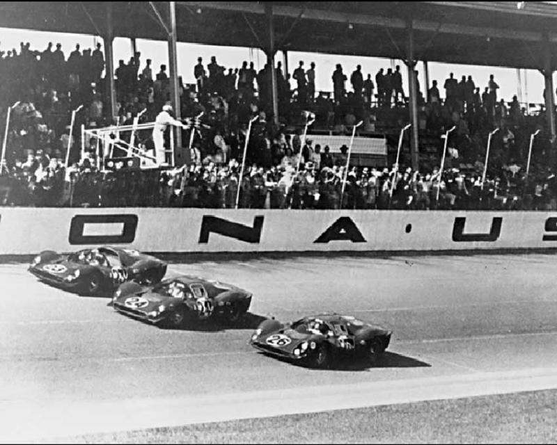 330-p4-daytona-parata-1967-